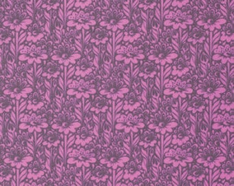 True Colors - Daisy Buds in Wisteria - Tula Pink for Freespirit - PWTC029.WISTE - 1/2 Yard