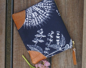 Botanical Print Cotton and Faux Leather Passport Case Navy Blue and White