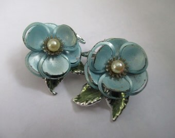 Vintage Blue flower Clip on Earrings.  not Signed