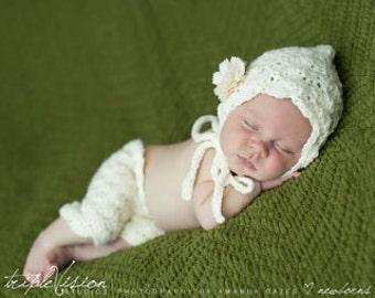 Newborn Girls Lacey Cream Bonnet and Short  Pants with Flower Set Photo Prop