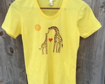 Woman's Short Sleeved Giraffe T-Shirt