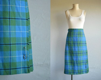 Vintage 70s Wool Kilt / 1970s Tartan Plaid Pleated Wrap Skirt Blue Green / Made in Scotland