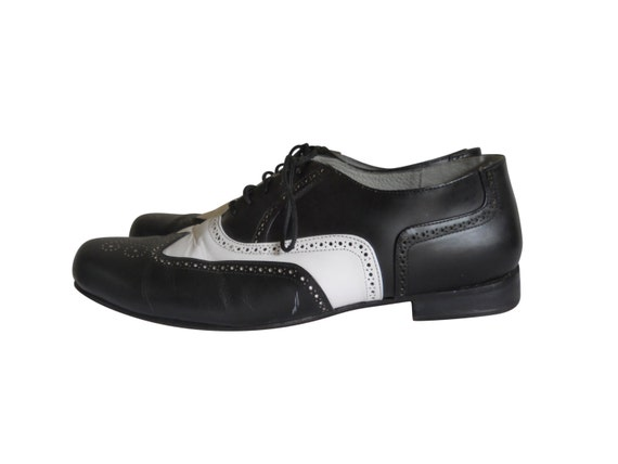 spectator shoe black and white shoe wingtip shoe