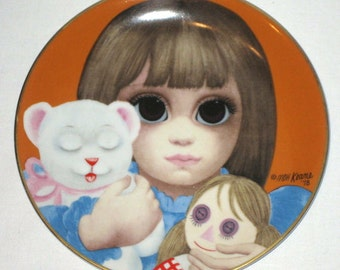 SALE 40. Vintage Margaret Keane big eyed girl with doll and teddy bear plate 1978 Bedtime Japan