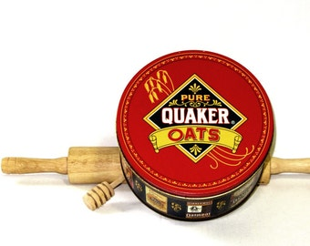 Quaker Oats Commemorative 1983 Limited Edition Red and Blue Tin Kitchen Collectibles Oatmeal Cookies