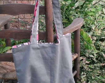 Grey tote with pink flowers