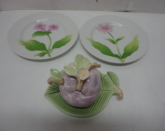 """Fitz and Floyd 1982 Jelly Jar and Plate with Spoon & 2 Fleurs Matinales 1981 Snack or Dessert 7 1/2"""" Plates"""