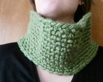 Green chunky neck cowl- ready to ship