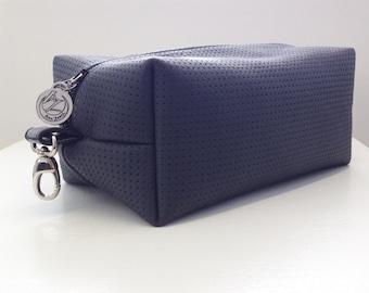 Mens - Boxy Pouch - Travel kit- Leather- Dopp kit