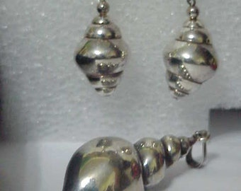 Nautilus Shell Pendant & Earrings c1950-Dramatic Sterling Jewelry Set-Taxco