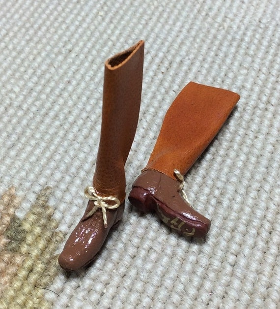 Riding Boots - by Pat Tyler Leather DOLLHOUSE Miniatures