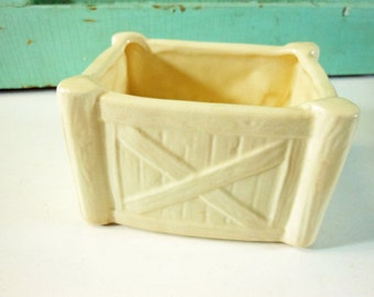 Small Ivory Pottery Fence or Gate Planter