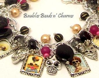 Skull Altered Art Charm Bracelet, Day of the Dead Charm Bracelet Jewelry,  'Día de los Muertos' , Gothic Jewelry