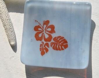 Hibiscus 3x3 Small Square Glass Fused Dish in Lavender/Light Purple Swirl glass
