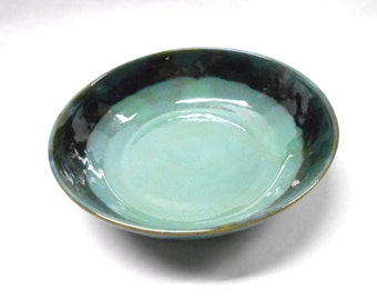 Pottery Pasta Bowl, Two Tone Ceramic Bowl, Pottery Serving Bowl, Low Medium Ceramic Bowl, Pasta Serving Bowl in Green and Blue