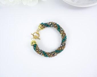 Suzdal Bracelet - Topaz Green Crystal - Russian Spiral