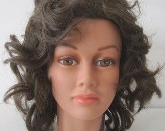 Made in USA Wig Brunette Brown Curly Medium Length Hair 100% Modacrylic Womens Vintage E942s