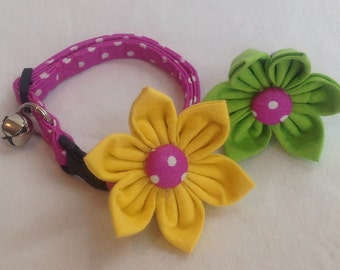 Cat Collar Flower Set - Magneta/White Mini Polka Dots - Availlable In 3 Sizes