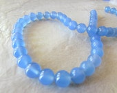 10 Cornflour Blue Agate 8mm Smooth Round Beads