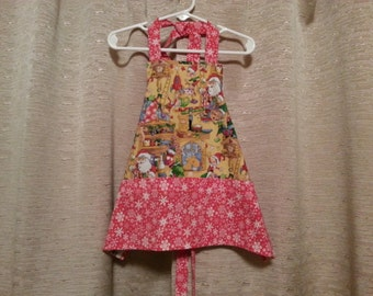 Boys or Girls Santa and Elves Xmas Apron with Red Pockets Size 4