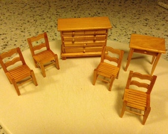 Doll House Furniture 6 piece set