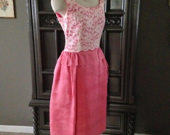 60s Lace Bodice w/ Layered Tiered Skirting Wedding Party Dress