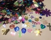 bag of all kinds of sequins / confetti, 8 - 40 mm (16)+
