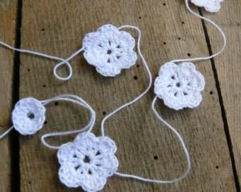 Crochet Garland, Wedding garland, crocheted flowers, Wall Hanging, Wedding crochet garland, embellishment cotton white applique