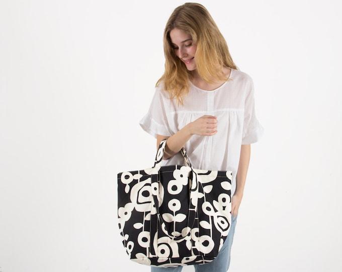 Everyday Tote Bag, Canvas Market Tote Bag - Wallflower Artwork