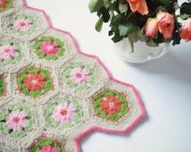 Crochet pattern, crochet blanket pattern, hexagon flower baby blanket, pattern no. 118