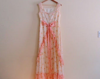 Vintage Ivory and Coral Floral Maxi Dress / Hippie Flower Child Gown / Bohemian Dress  - 1970s