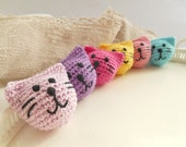 Crocheted wood beads Crochet cat heads Crochet kitten heads beads Wooden crochet beads Craft supplies