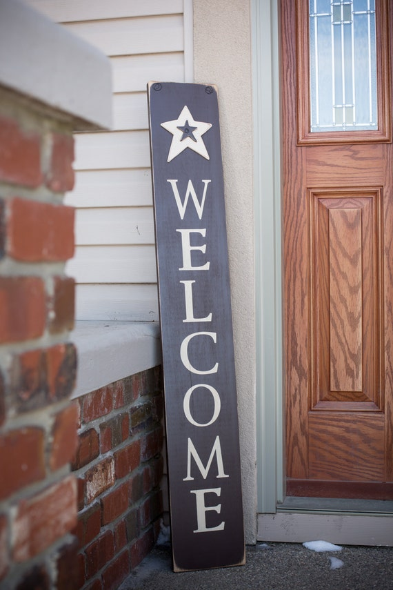 4 Foot Tall Wooden Welcome Sign With Stars