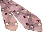 1940s Tie, Beau Brummel Tie, Pink Racing Flags, Sporty Jazzy 40s Necktie