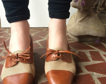 C. Volpato Italian-Made leather heels/ Size 39.5/ Oxford-style