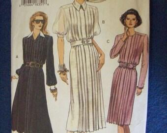 Vogue 8880, Ladies Dress