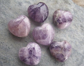 30mm Amethyst Heart, 1 (One) Gemstone Heart, 1 inch Purple Amethyst, Crystal Hearts, Metaphysical Supply, Crown Chakra, Reiki, Pocket Heart