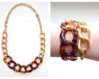 Tortoise Statement Necklace chunky gold statement jewelry bracelet tortoiseshell link VOGUE