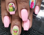 Miss Piggy and Kermit the Frog nail decals