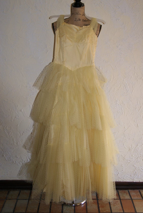 Vintage 1950s Yellow Net Over Taffeta Formal Wedding Prom Party Full Length Dress With Spaghetti Straps Handmade