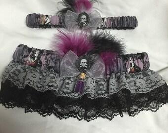 Custom Drop of Poison villain femme fetale Keepsake and toss wedding garter