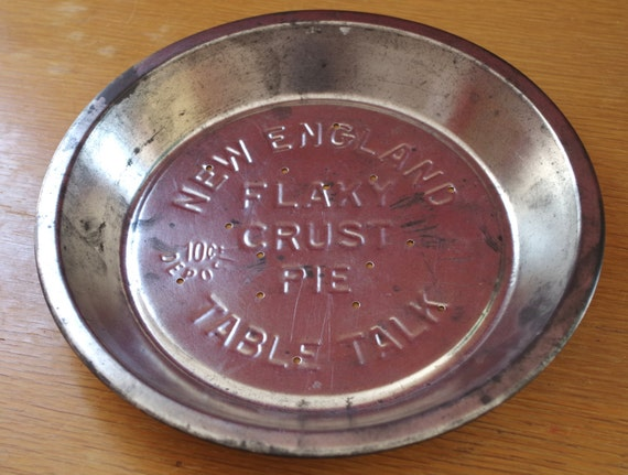 Vintage 1930s Or 1940s Metal Table Talk Pie Tin New England