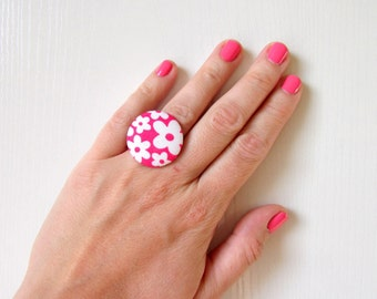 Pink Floral Ring, Statement Chic Ring, Large Flower Ring, Cocktail Chunky Ring, White Pink Ring, Adjustable Silver Ring, Hippie Floral Ring
