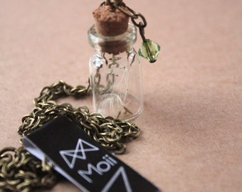 Make a wish- Glass bottle Necklace with dandelion seeds