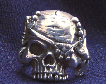 The Scurvy Dog sterling silver pirate skull ring