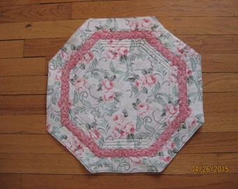 Roses on Green Octagonal Table Topper