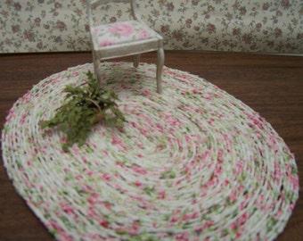 Dollhouse miniature rug