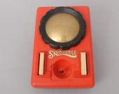 1979 Hasbro Skedoodle Etch-A-Sketch Type Toy