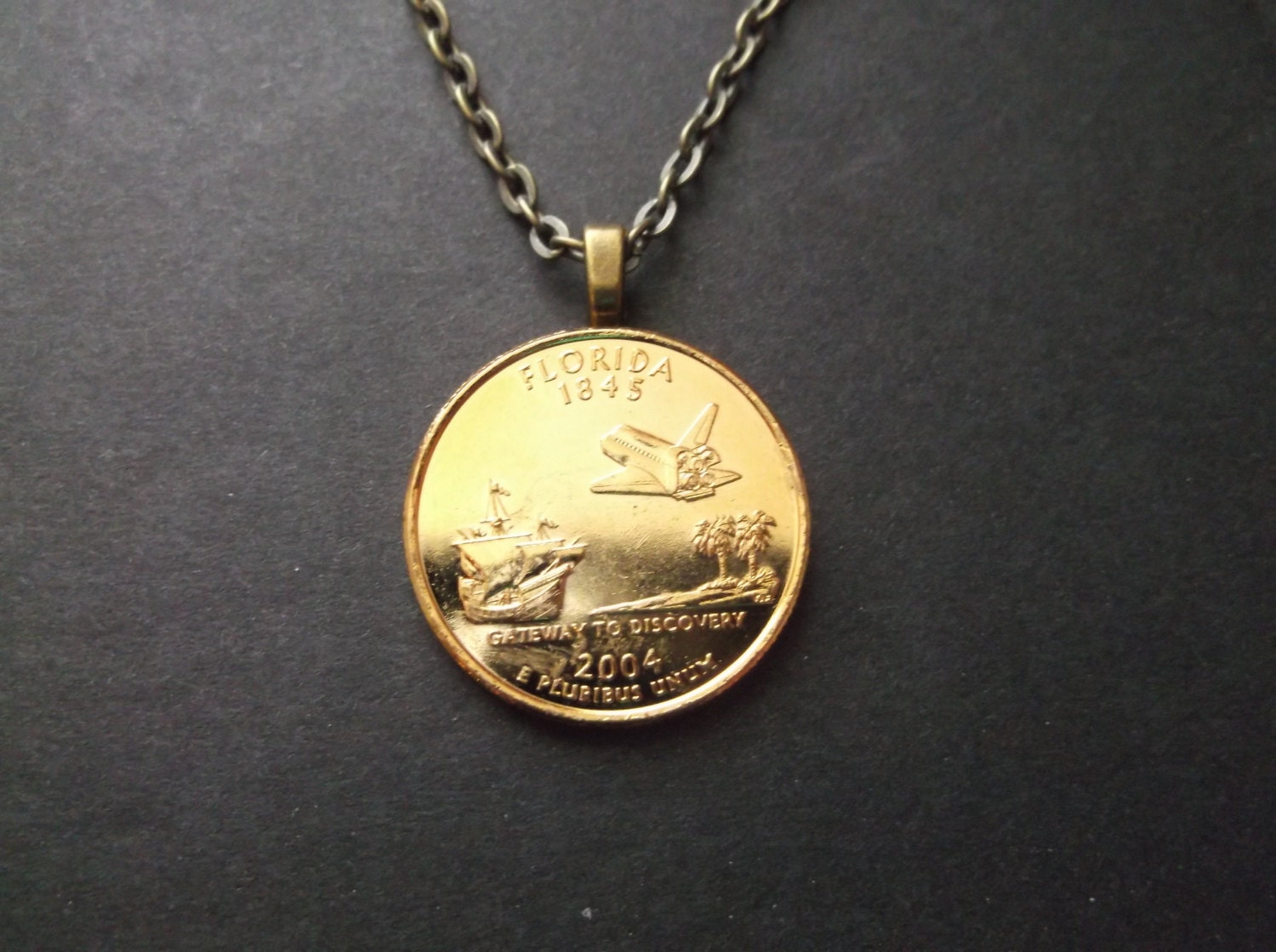 Florida United States Gold Colored Quarter Coin Necklace
