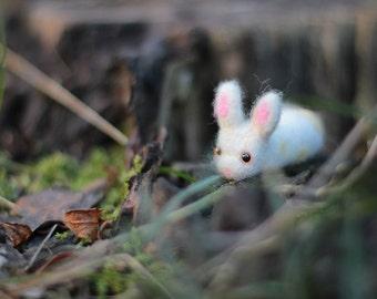Needle Felted Bunny, Bunny Plush, Wool Felt Animals, Needle Felted Animal, Bunny Sculpture, Bunny Miniature, Soft Sculpture Animal